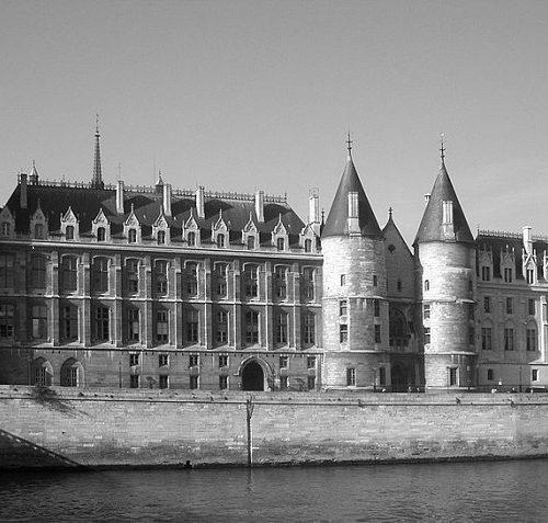 Conciergerie zabytki Paryż