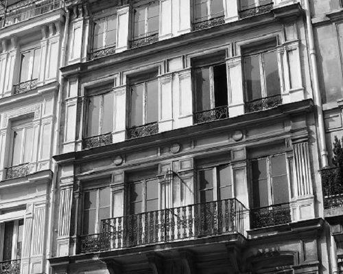 fałszywe budynki w paryżu