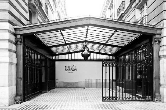 Muzeum perfum w Paryżu – poznaj markę Fragonard