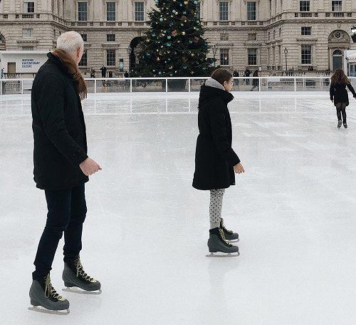 lodowisko w paryżu