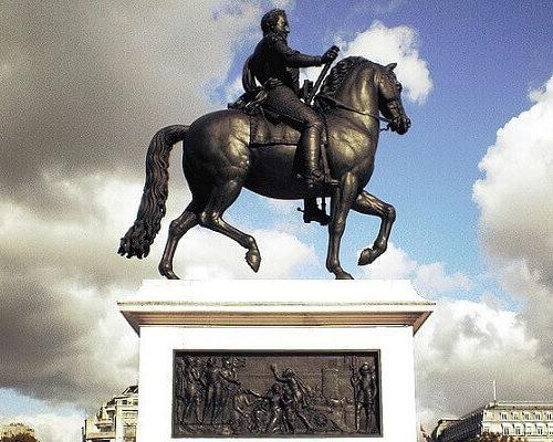 top 5 pomników w paryżu konny pomnik henryka iv