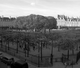 Place des Vosges – najstarszy plac w Paryżu